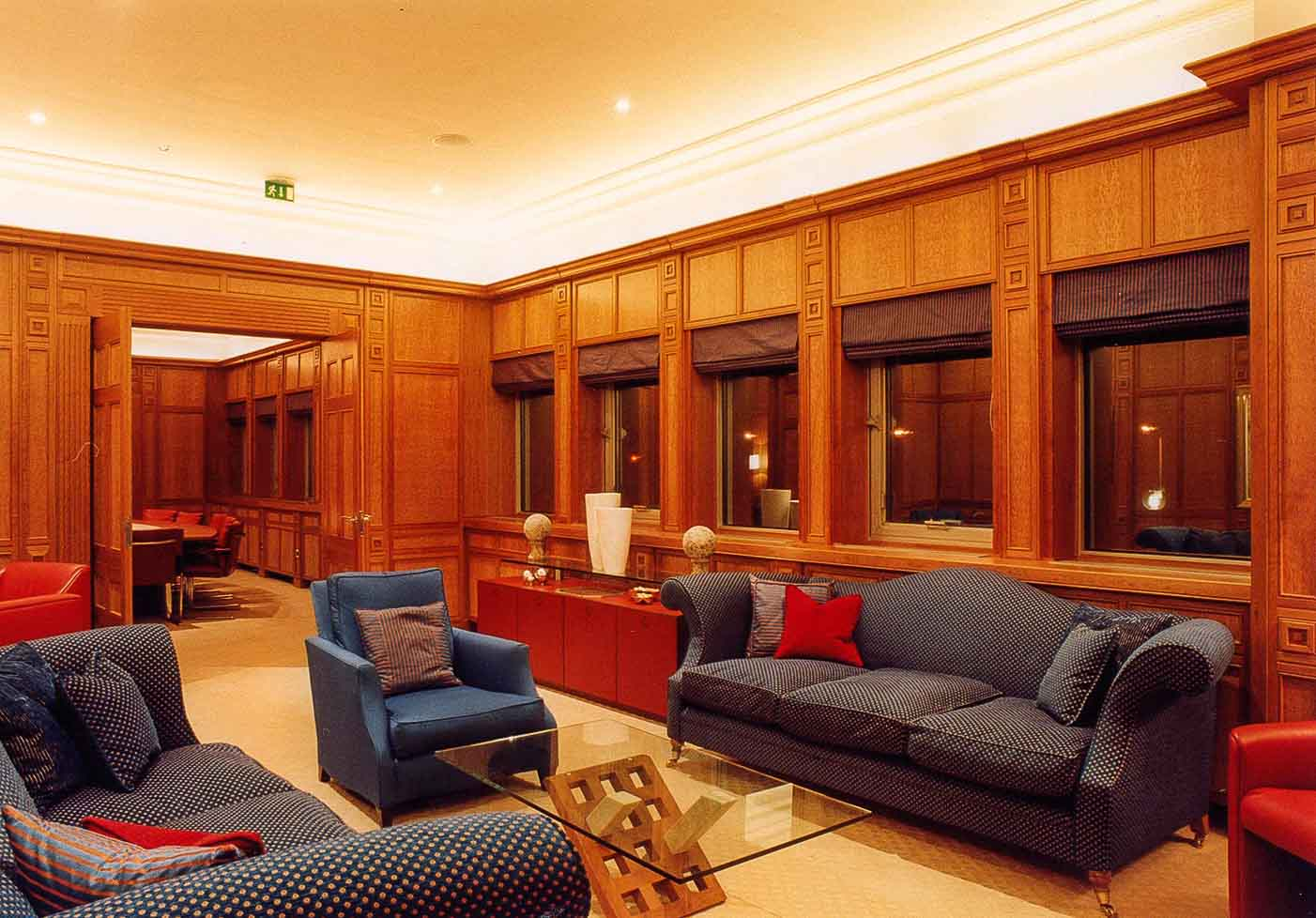 Boardroom Tables, Furniture & Panelling