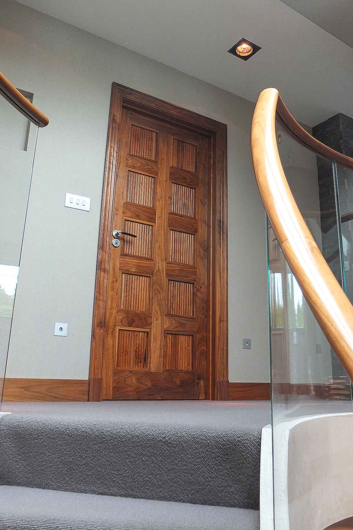 Jack Hyams - Interior Door Designs & Manufacturer
