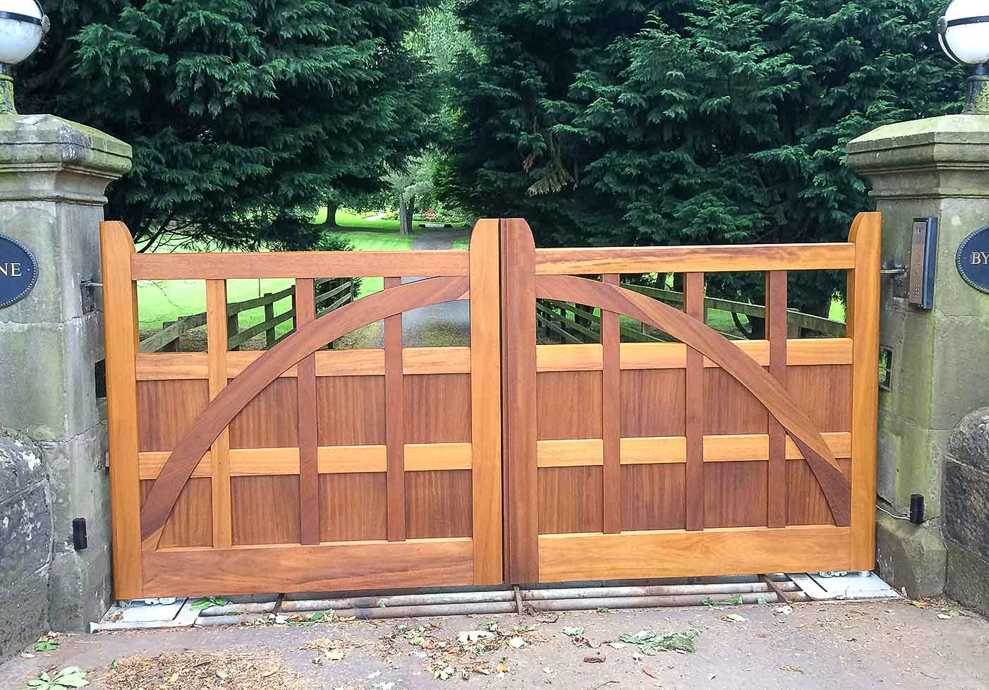 Jack Hyams - Custom Gate Manufacturers in Scotland