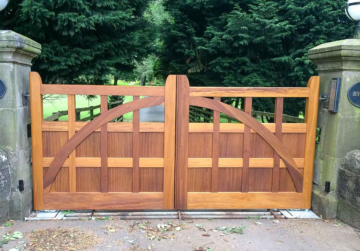 Jack Hyams - Custom Gates Designs & Manufacturers