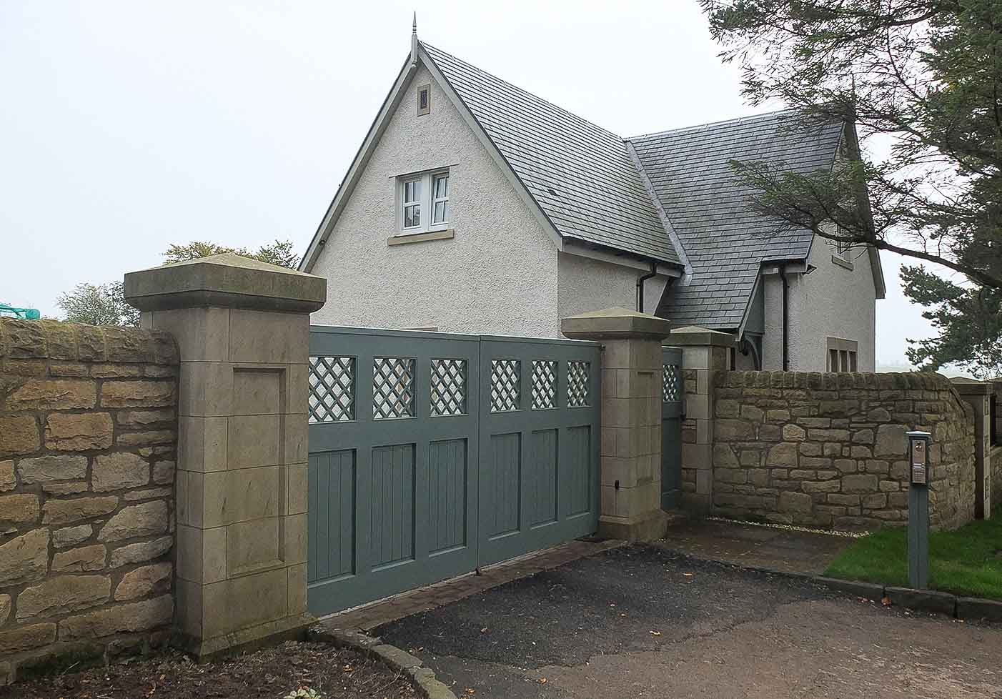 Jack Hyams - Residential Main Gates Designs & Manufacturer in Scotland