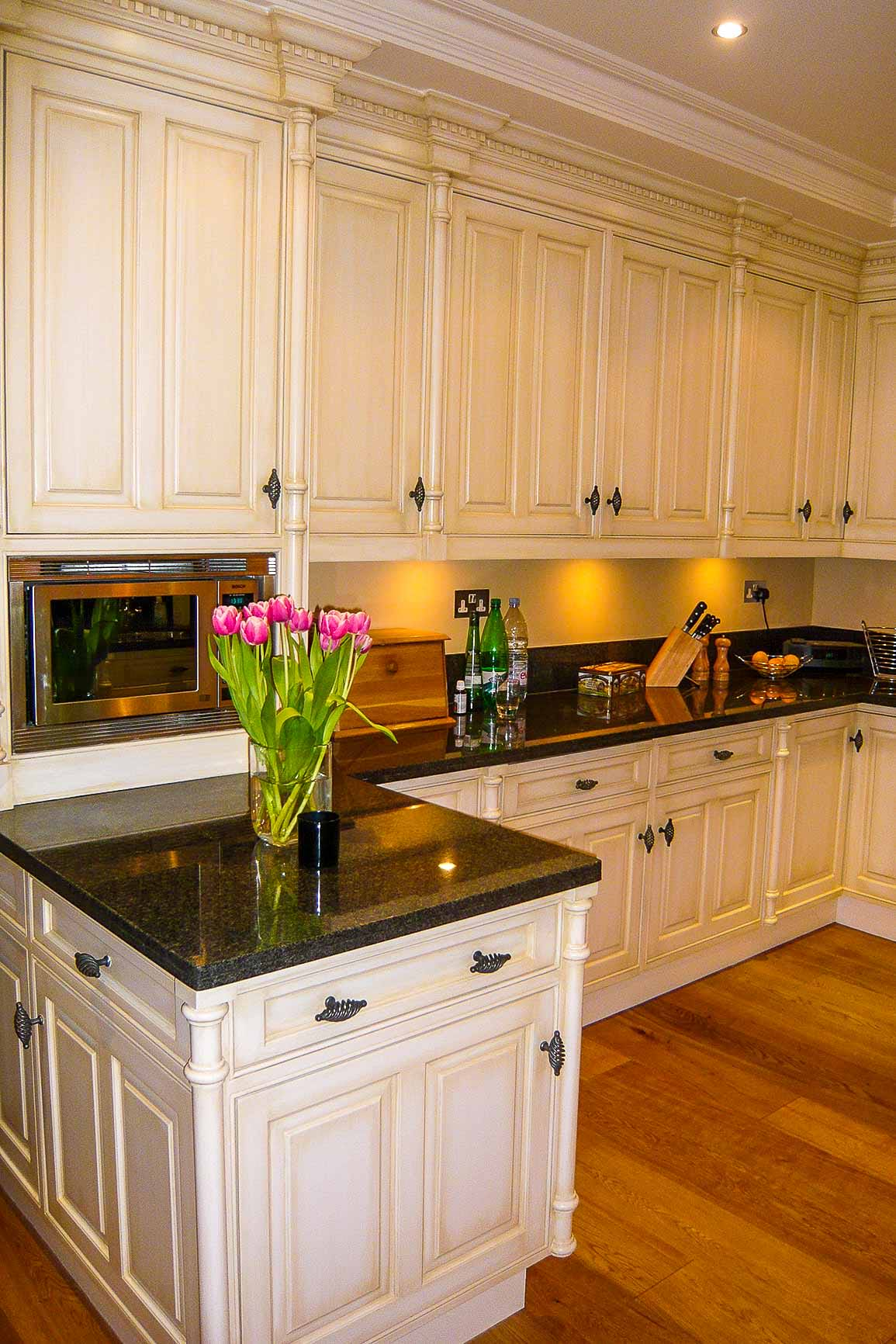 Jack Hyams | Custom Made Kitchen Cabinets & Fronts